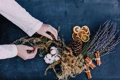 How to Create a Fall-Spiced Wreath