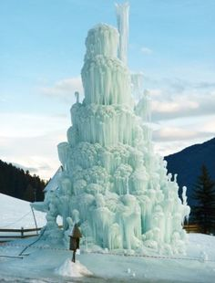 Looking for fountains of the meek, came across this Ice Houses, Snow Sculptures, Ice Castles, What A Beautiful World, South Tyrol, Winter Scenery, Snow And Ice, Winter Beauty, Park City