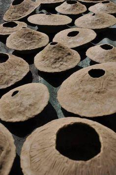 kitchen decoration – Home Decorating Ideas Kitchen and room Designs Ceramic Decor, Ceramic Vase, Ceramic Pottery, Elements Of Design Shape, Eva Hesse, Demi Sphere, Vases, Pottery Handbuilding, China Art