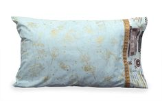Our GCT pillowcase in teal.