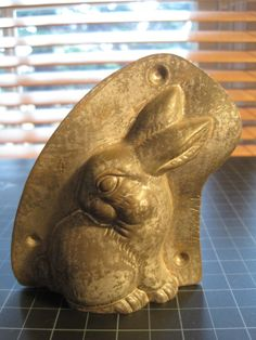 "Anton Reiche Antique Chocolate Mold of Easter Bunny Rabbit, 4"" x 3.5"" , marked 17834"", ""T.C. WEYGANDT NEW YORK U.S.A."", ""MADE IN GERMANY"", ""3  ANTON REICHE DRESDEN  0 | eBay"