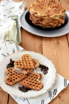 Gofry stracciatella Waffles, Drinks, Breakfast, Food, Gastronomia, Drinking, Morning Coffee, Beverages, Eten