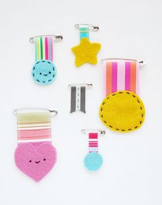Handmade Felt Medals for Kids!