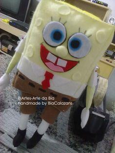 Boneco do personagem Bob Esponja confeccionado para aprovação da cliente, tem mais trabalhos na minha fanpage, venha me visitar.