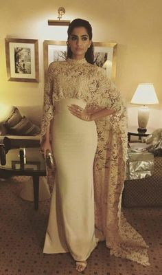 New Fashion Indian Party Dress Kaftan Vintage Satin Embroidery Evening Dresses With Capes Detachable Modest Lace Evening Gowns Bollywood Mode, Bollywood Fashion, Bollywood Saree, Bollywood Celebrities, Evening Dress Long, Lace Evening Gowns, Sonam Kapoor, Indian Dresses, Indian Outfits