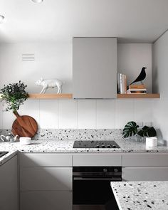 Try the trend: Terrazo in the home. The forgotten flooring of the is brightening up ceilings, countertops and everything in between. Kitchen Furniture, Kitchen Interior, Kitchen Dining, Kitchen Decor, Kitchen Cabinets, Kitchen Ideas, Bathroom Interior, Modern Home Interior Design, Cuisines Design