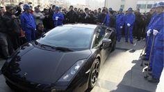 Lamborghini Gallardo und Maserati Quattroporte  http://www.autorevue.at/startseite-teaser/lamborghini-gallardo-maserati-quattroporte-in-china-zertruemmert.html