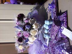 DIY favours and flowers Diy Favours, 4th Of July Wreath, Hanukkah, Wedding Favors, Wreaths, Flowers, Home Decor, Wedding Keepsakes, Door Wreaths