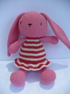 Pinky The Rabbit Amigurumi Crochet Pattern : CONEJOS (amigurumis) on Pinterest Amigurumi, Bunnies and ...