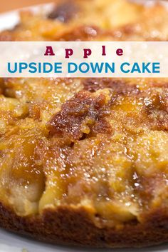 Celebrate the Jewish New Year with a homemade apple upside down cake. Try this easy recipe for a moist old fashioned dessert. New Year's Desserts, Apple Desserts, Thanksgiving Desserts, Holiday Desserts, Apple Recipes, Sweet Recipes, Snack Recipes, Dessert Recipes, Cooking Recipes