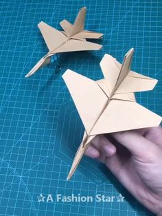 Are you looking for Origami Ideas? If you are an origami lover, we have some new fun origami ideas today crafts 6 Amazing Fun Origami Ideas- Easy Paper Crafts DIY - Origami Plane Idea Origami Ball, Diy Origami Box, Origami Simple, Paper Crafts Origami, Useful Origami, Easy Paper Crafts, Diy Paper, Paper Quilling, Paper Crafting