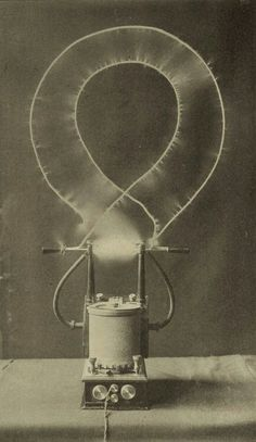 Electrical oscillator by Tesla