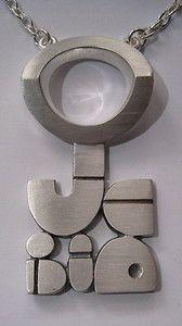 Jorma Laine modern art pendant c.1973 Contemporary Jewellery, Modern Jewelry, Jewelry Art, Vintage Jewelry, Fashion Jewelry, Bijoux Design, Jewelry Design, Bronze Jewelry, Metal Working