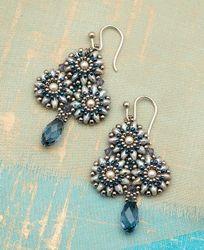 Trefoil Earrings by Lisa Kan http://www.interweavestore.com/bead-metamorphosis-book-bundle