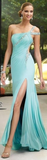 Just in case I ever get the chance to wear a dress like this somewhere!