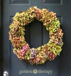 Easy red radish and cucumber roses (vegetable carving) Hydrangea Wreath, Floral Wreath, Radish Flowers, Vegetable Carving, Flower Video, Wreath Making, Minden, How To Make Wreaths, Creative Crafts