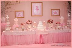 This Ballerina Party was styled by Mariana Sperb Party Design especially for little Maria Victoria who was celebrating her birthday. Ballerina Birthday Parties, Ballerina Party, Girl Birthday, Angelina Ballerina, Vintage Ballerina, Birthday Table, Birthday Party Decorations, Party Themes, Party Ideas