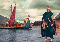 Vanhojen maalinjäännösten perusteella on luotu väripaletti, jonka kauniilla voimaväreillä viikingit aikoinaan korostivat korkeaa asemaansa.