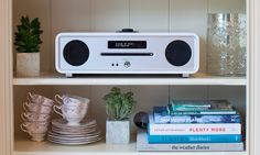 Ruark Audio R4 MK3 in soft white makes for a complete audio solution for your living room. Play all of your favourite CDs in beautiful room filling sound.