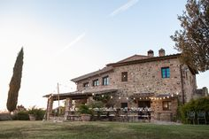 A Countryside Wedding in Tuscany - Italian Wedding Designer - Tuscan Farmhouse