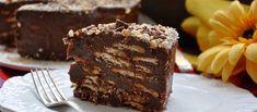 Bolo Torta Palha Italiana é pá pum de fazer! Se você é fã de brigadeiro, vai amar esta receita do Bolo Torta Palha Italiana mais fácil e mais simples. SHOW