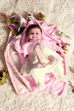 Kit Maternidade Bebê Menina Macacão com bolero e manta