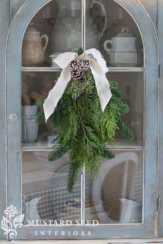♕ cupboard Christmas decoration