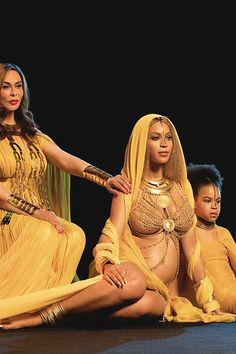 Beyoncé with Miss Tina Knowles and Blue Ivy