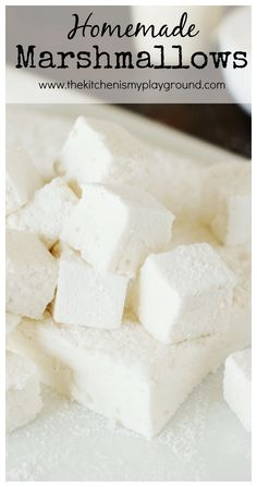 With their ultra-fluffiness and intensely delicious vanilla flavor, Homemade Marshmallows are totally worth the homemade time and effort. Candy Recipes, Sweet Recipes, Dessert Recipes, Fudge Recipes, Dinner Recipes, Healthy Recipes, Homemade Marshmallows, Homemade Candies, Yummy Treats
