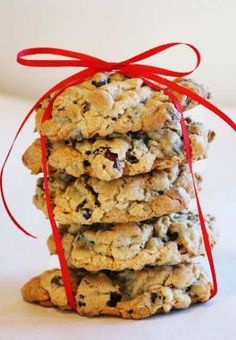 Oatmeal Cranberry Chocolate Cinnamon Spice Cookie ~ These Cookies are AMAZING.