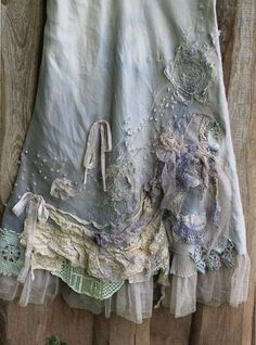 RRSERVED- Barocco skirt - -romantic maxi skirt L size shabby chic linen blend hand dyed embroidered details Shabby Chic Outfits, Ropa Shabby Chic, Boho Outfits, Vintage Outfits, Shabby Chic Clothing, Modest Clothing, Modest Outfits, Looks Vintage, Vintage Lace