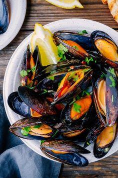 Food N, Food And Drink, Spanish Food, Fish And Seafood, Ratatouille, Japchae, Delish, Tasty, Cooking