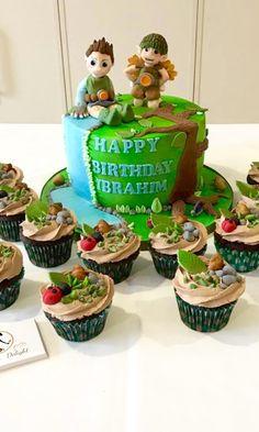 Tree Fu Tom cake birthday cake and cupcakes
