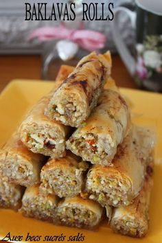 Food network recipes 443745369506810020 - Baklavas Rolls Noix, Amande et Pistache Source by dasdac French Macaroon Recipes, Tunisian Food, Baklava Recipe, Desserts With Biscuits, Vegan Junk Food, Most Delicious Recipe, Lebanese Recipes, Cafe Food, Arabic Food