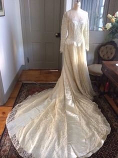 Vintage 1950s Lace And Satin Wedding Dress