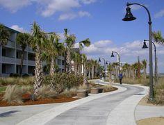 http://landperspectives.files.wordpress.com/2013/04/boardwalk-promenade-myrtle-beach-sc.jpg
