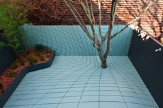 Landscape Architecture: Thomas Faulders Year: 2008 Deformscape is an outdoor extension to a private dwelling in San Francisco. Situated in a tightly packed urban neighborhood,… ...