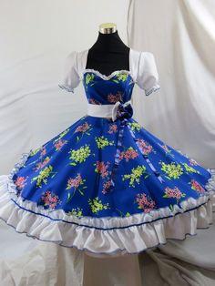 Resultado de imagen para vestidos de huasa china Waist Skirt, High Waisted Skirt, Frocks, Victorian, Disney Princess, Skirts, Dresses, Landscapes, Baby