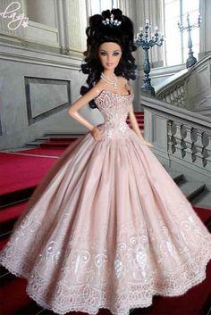 Barbie * růžové šaty s vyšívanou krajkou.