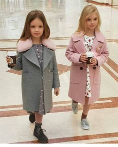 Children's fashion 2019 images, photo trends-Детская мода 2019 образы, тенденции фото Children's fashion 2019 images, photo trends - Little Girl Fashion, Little Girl Dresses, Toddler Fashion, Fashion Kids, Look Fashion, Little Girls Coats, Fashion Check, Cute Little Girls, Outfits Niños