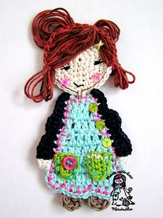 Free crochet pattern of adorable doll applique.