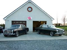 Rover Coupe 2 Door - 1970 - The only 2 Door ever produced. Rover P6, Car Rover, Old Lorries, Cars Uk, Motor Car, Cars And Motorcycles, Luxury Cars, Vintage Cars, Cool Cars