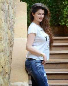 Kainaat Arora erotic cleavage queen Bollywood and tollywood with her curvy body Show. Hot and sexy Indian actress very sensuous thunder thig.Top 20 beautiful and hottest Punjabi actresses that rule the Punjabi cinemaHindustan Cute and Beautiful - Gir Beautiful Girl Indian, Most Beautiful Indian Actress, Beautiful Girl Image, Beautiful Hijab, Stunningly Beautiful, Beautiful Models, Beautiful Women, Beauty Full Girl, Beauty Women
