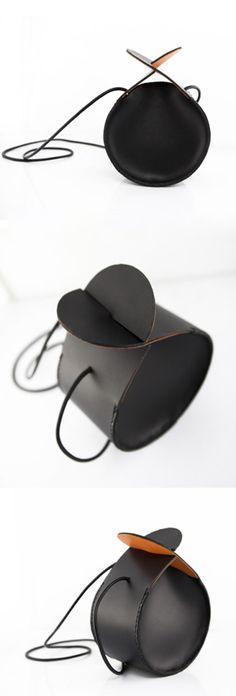 Small Black Purse, Small Leather Purse, Mini Crossbody Bag, Round Bag, Small Black Bag, Small Round bag, Cow Leather, Small Leather Bag