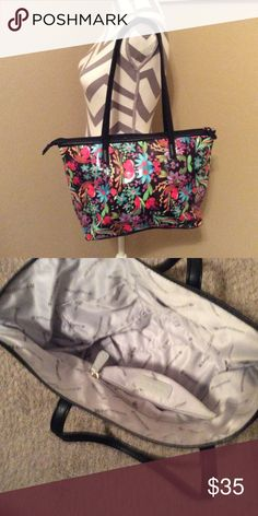Beautiful. Brand. New. Bag.    Shoulder. Bag Was. Never. Used. It's. New Naturalizer Bags Shoulder Bags