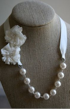 pretty and classic.. possible bridesmaid necklaces?