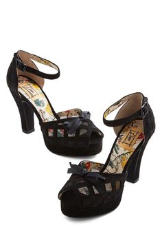 Finesse is More Heel in Black   40's inspired Miss L Fire Vintage Heels   ModCloth.com