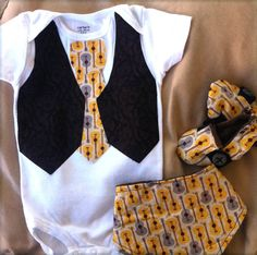 Baby Boy Tie Onesie or shirt with vest - Baby Troubadour with a yellow and gray guitars tie and a dark brown vest with vines Tie Onesie, Onesies, Baby Onesie, Baby Baby, Baby Sewing Projects, Sewing For Kids, Sewing Ideas, Diy Baby Gifts, Baby Crafts