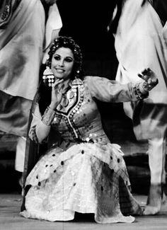 Farida Fahmy's Articles: Haggala