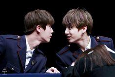 Jin and Jungkook Stare Off~ Jinkook~❤ BTS Hongdae Fansign (170226) #BTS #방탄소년단